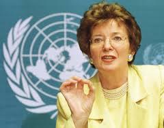 Mary Robinson, alors RSSGNU dans les Grands-Lacs.